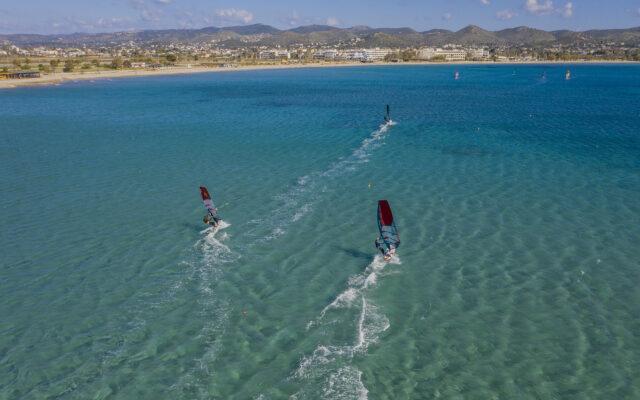 Διαφημιστικά θαλάσσιων σπορ με drone